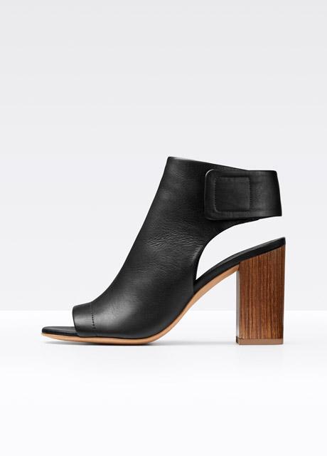 vnd3295l1_black~aged~wooden~heel_setmedium